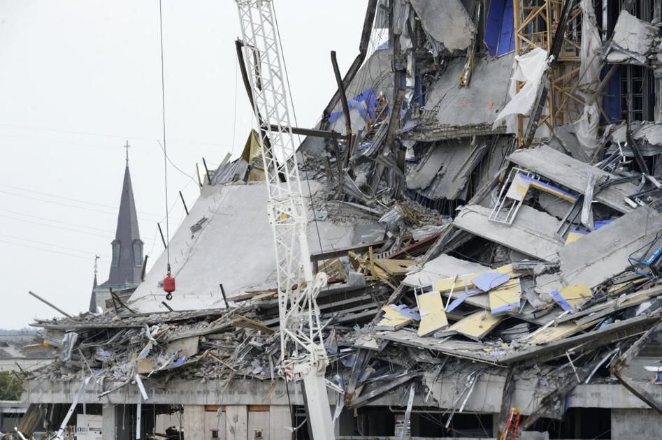 Earthquake Building destroyed
